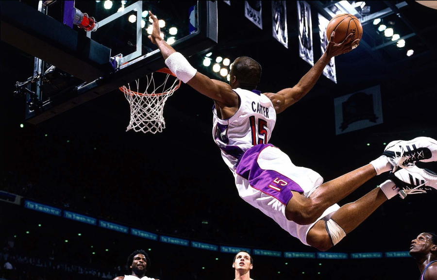 Vince Carter dunks